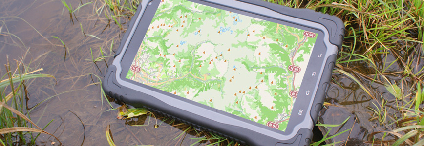 RuggedT rugged tablet resists from water